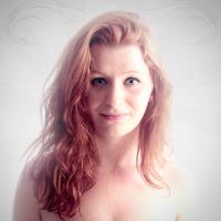Ellie Stjerna